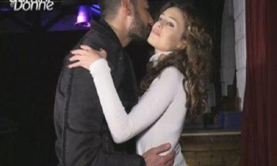 sara e lorenzo uomini e donne bacio