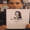 Foto di Giulia Michelini con in mano il copione di Rosy Abate 2 - La serie