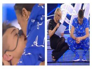 Foto bacio e lettera Einar Ortiz fidanzata Amici 2018 Serale