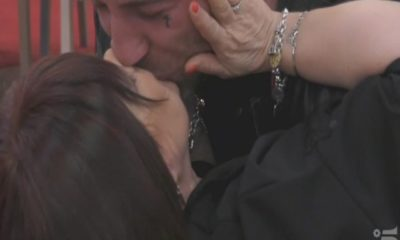 stefania pezzopane e simone coccia bacio gf 15