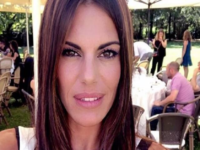 Bianca Guaccero, mano fasciata a Detto Fatto: incidente per la conduttrice