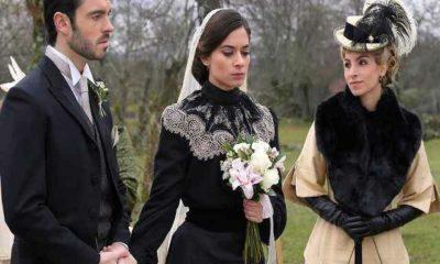 una vita, teresa sposa fernando vestita di nero