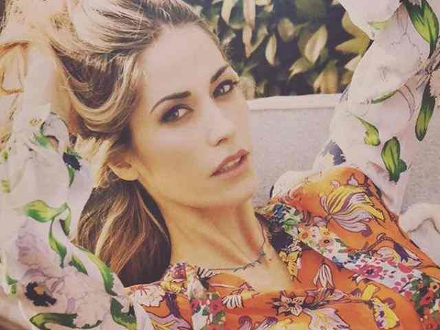 "Elena Santarelli furiosa sui social: ""Le bugie hanno le gambe corte"""