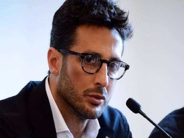 Fabrizio Corona torna in carcere: prelevato dai carabinieri a Milano