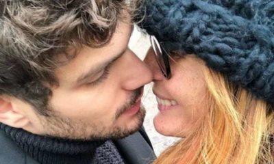 Elia Fongaro e Jane Alexander bacio