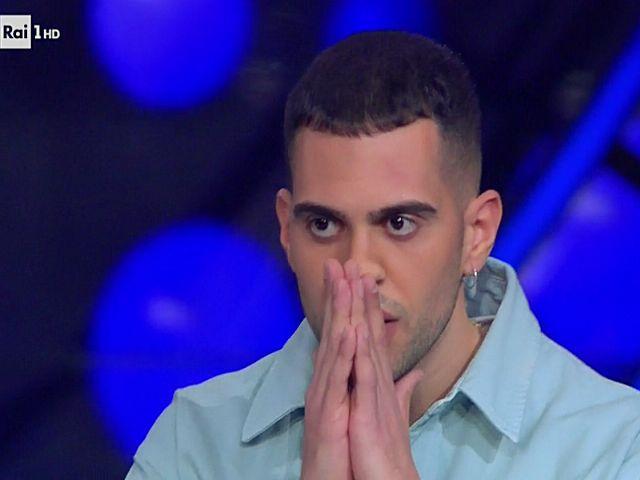 Mahmood sta male e non si presenta a Sanremo Young: ecco cosa è successo
