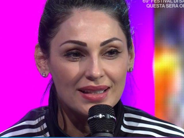 Anna Tatangelo commenta la dedica di Gigi D'Alessio e svela le parole del figlio