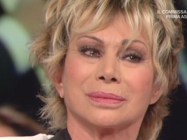 carmen russo morte madre lacrime storie italiane