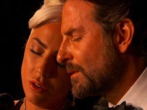 Lady Gaga Bradley Cooper flirt smentito
