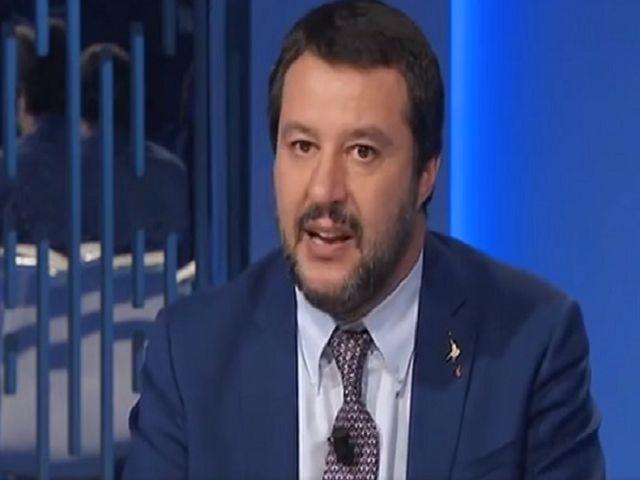 Anche Mahmood divide Salvini dalla Isoardi