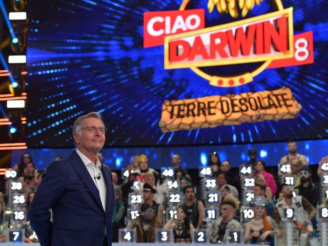Ciao Darwin non va in onda venerdì 26 aprile 2019: il motivo
