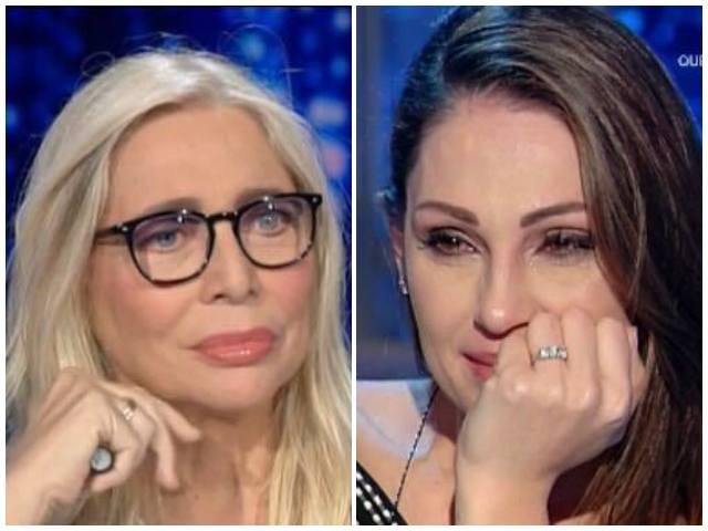 """Anna Tatangelo, la rivelazione di Mara: """"Un segreto durato 17 anni"""""""