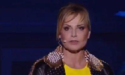 Simona Ventura abiti
