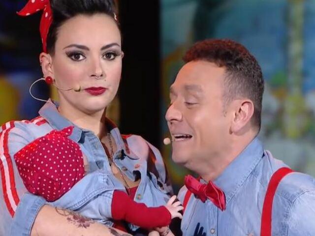 Gli Arteteca con la figlia Sarar: scherzi e fre ciatine prima dello show su Rai2