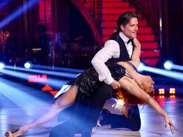 Ballando con le stelle: Ettore Bassi batte Manuela Arcuri e diventa semifinalista