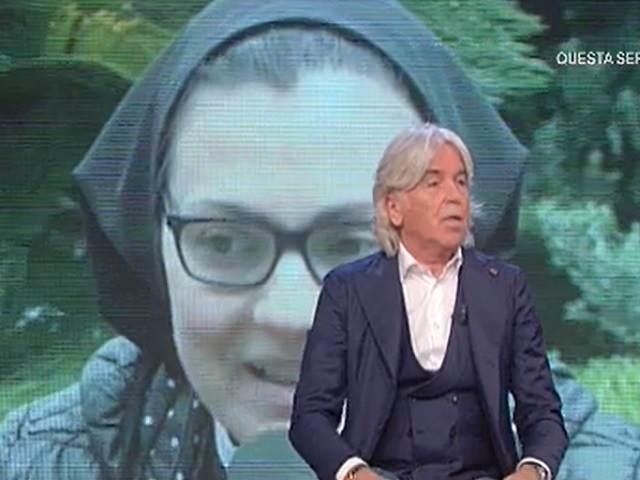 Suor Cristina e Zazzaroni giacca