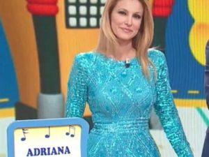 Mezzogiorno in famiglia chiude e Adriana Volpe critica rai 2
