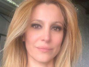 Adriana Volpe rai 2 scelte