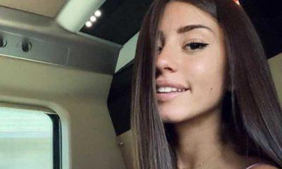 Angela Nasti selfie in treno