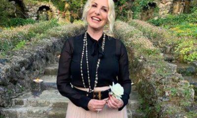Antonella Clerici felice e sorridente con Vittorio Garrone: continua la romantica vacanza in Normandia (VIDEO)