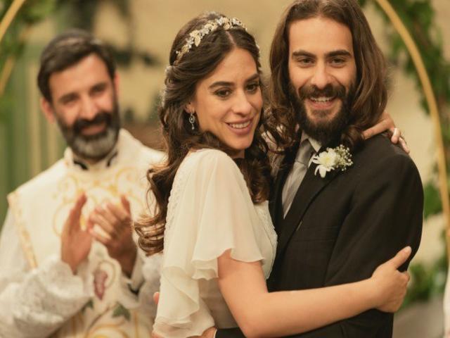 il segreto, elsa e isaac si sposano
