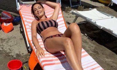 Alessia Mancini in costume da bagno ricorda L'Isola dei Famosi: la foto con sorpresa