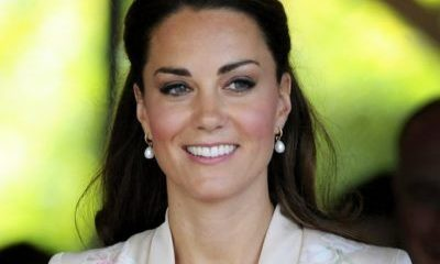 kate middleton protocollo regina