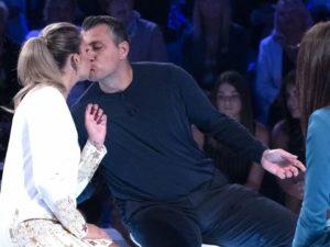 costanza caracciolo e vieri bacio verissimo