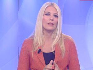 Eleonora Daniele giacca rossa