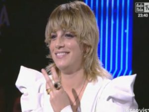 intervista emma a radio italia live
