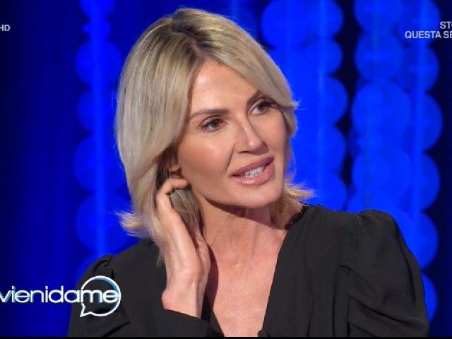 Vieni da Me, Nathalie Caldonazzo durissima su Andrea: Troisi amore puro