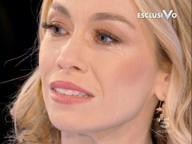 Eleonora Abbagnato in lacrime: addio Parigi, starà vicina alla madre malata