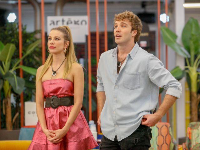 """Fidanzato di Clizia Incorvaia: """"Ho visto il loro bacio, la realtà viene a galla"""""""