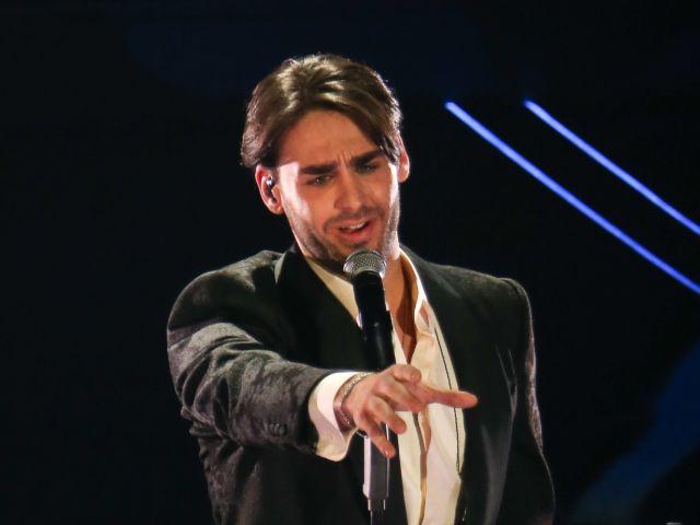 Sanremo Alberto Urso, frecciatina velenosa ad Amici: ospitata con polemica