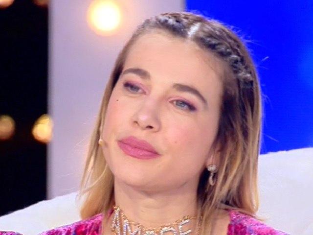 Clizia, Live: età, Daniele Interrante la inchioda. Eleonora Giorgi, reazione