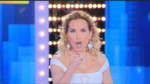 """Barbara d'Urso, retroscena Mediaset: """"Vogliono ridimensionarla"""", spiffero"""