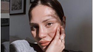 Beatrice Valli in slip a due settimane dal parto: forma fisi