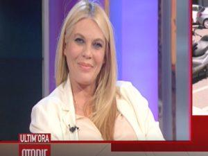 Eleonora Daniele sta per partorire: salta l'ultima puntata d