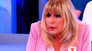 """Uomini e Donne Gemma e Nicola, è rottura: """"Devo affrettarmi"""", parla lei"""