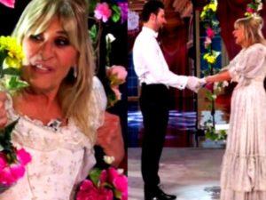 Gemma e Nicola nell'esterna dell'altalena con fiori