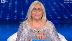 """Mara Venier interviene su Pietro, fidanzato di Antonella Elia: """"Aripijate"""""""
