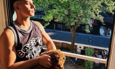 Timor Steffens con il cagnolino
