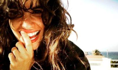Una foto di primo piano di Giulia Michelini