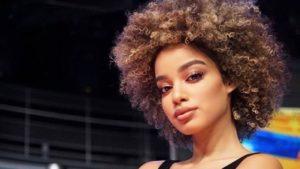 Mikaela: la Velina bionda non vede il fidanzato da gennaio