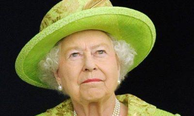 La regina pronta a ritirarsi