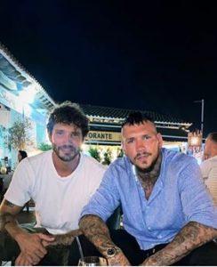 Stefano De Martino Daniele Scardina insieme a Ibiza