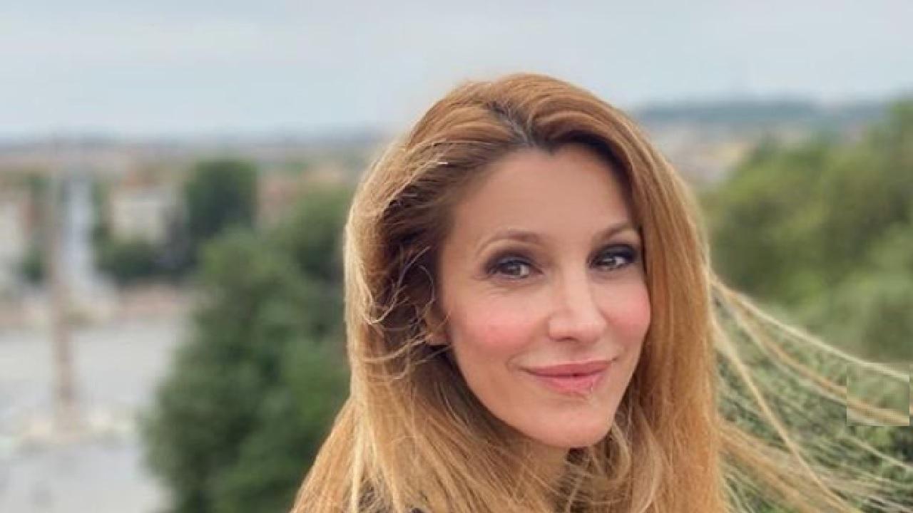 La conduttrice si confessa in un'intervista: le parole di Adriana Volpe
