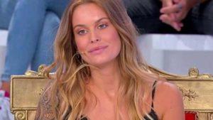 """Uomini e Donne, la tronista Sophie Codegoni rifatta: """"Sono tutta naturale tranne…"""""""