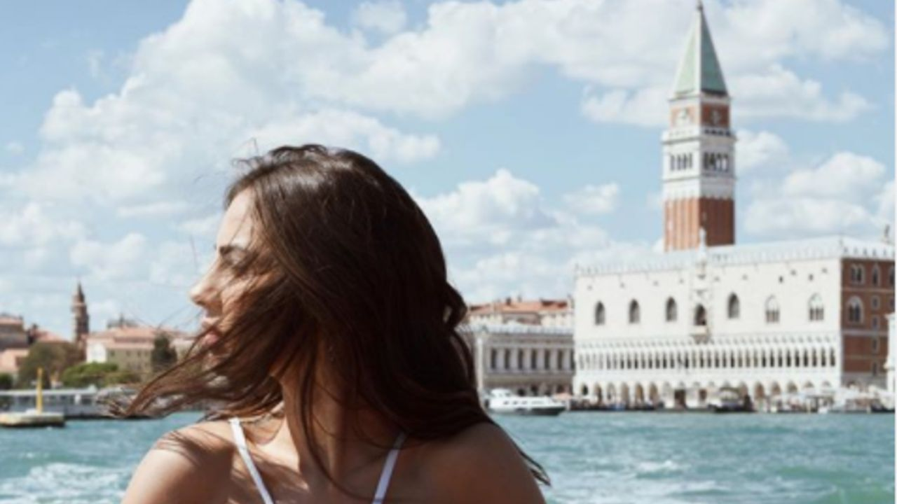 giulia de lellis al festival del cinema di venezia