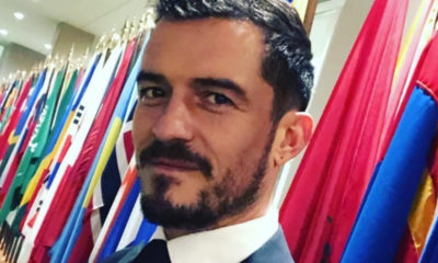 orlando bloom foto in giacca e cravatta